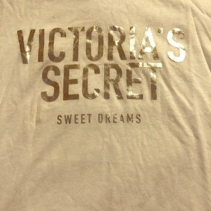 VICTORIA'S SECRET PJ white SHIRT SIZE XS/S NWOT